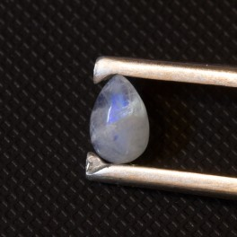 Лунный камень (адуляр) 9х6